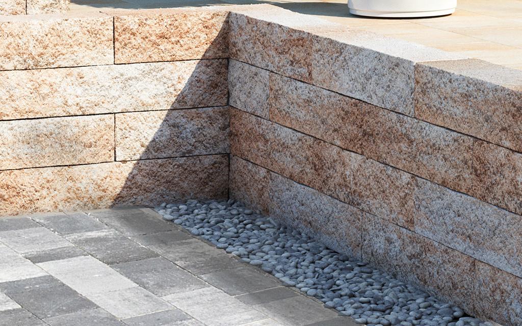 Anbario Mauer sandstein
