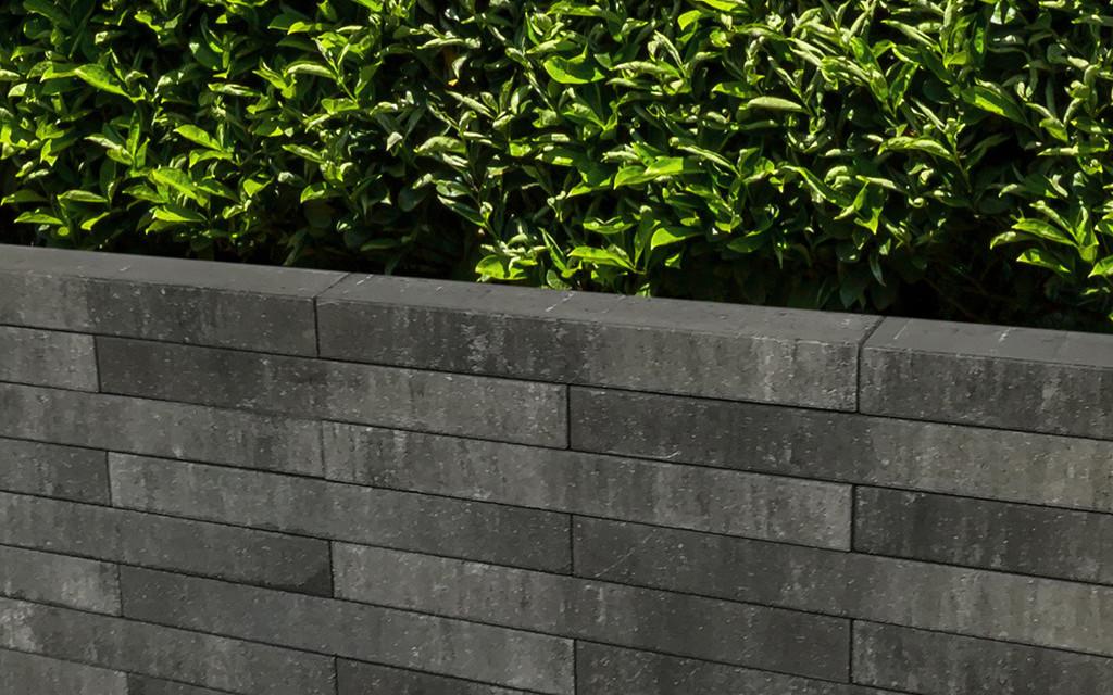 Lucca Mauer grau-anthrazit-nuanciert