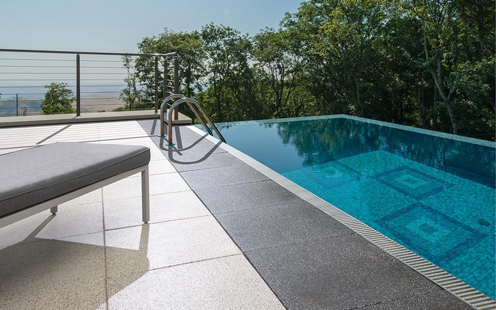 Terrassenplatten Pool weiß anthrazit