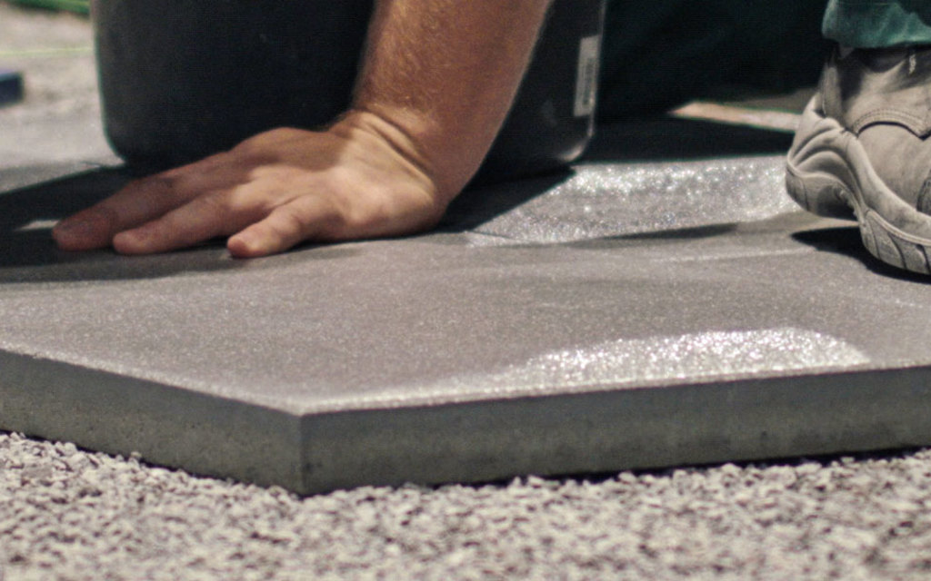 Betonplatten verlegen Anleitung