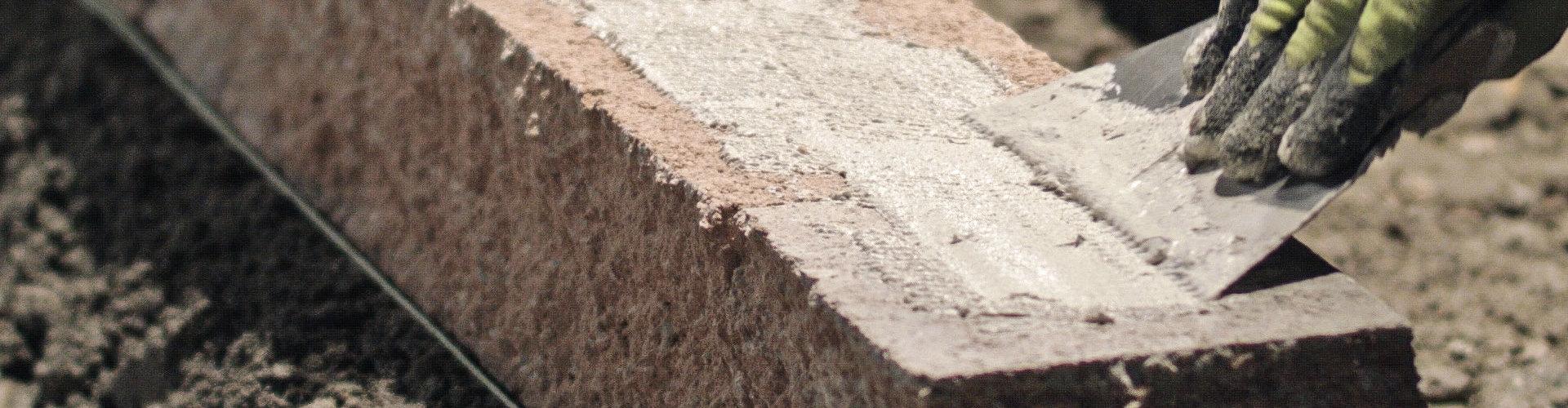 Gartenmauer bauen Schritt für Schritt