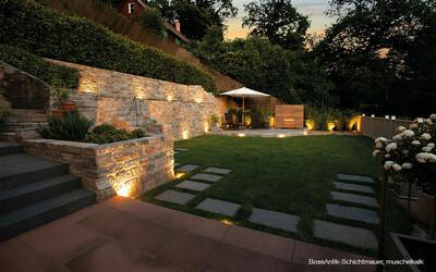 Gartenmauer Hang Eingrenzung antik muschelkalk