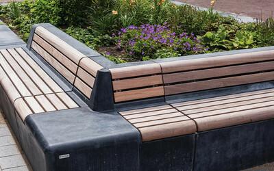 Parkbank mit Rückenlehne Ecke mit Holz
