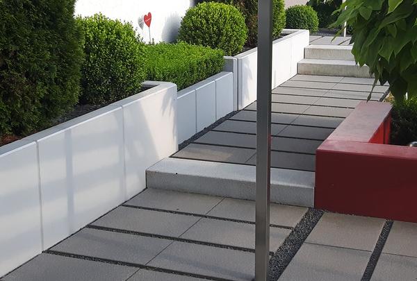Stützwinkel Sonderanfertigung Treppe