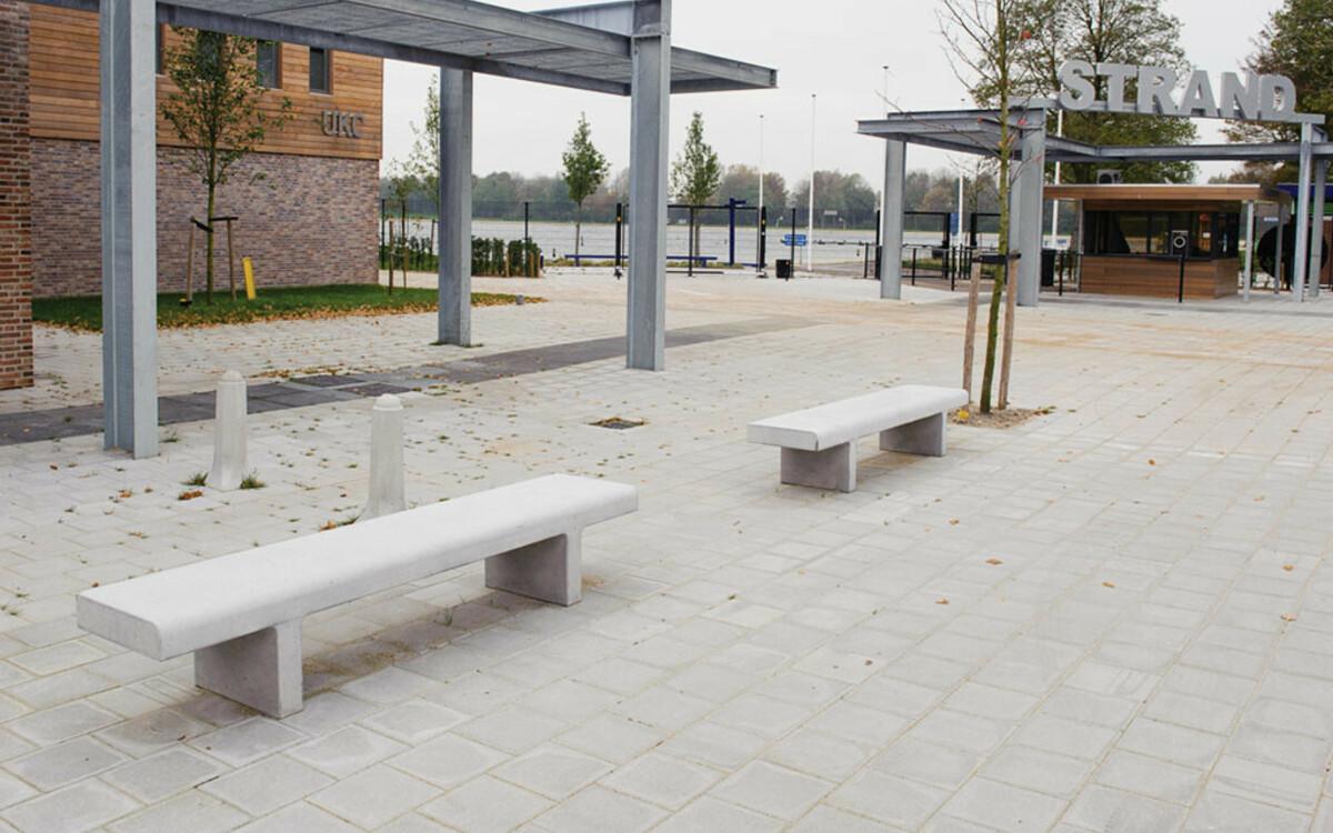Parkbank Beton leicht fortlaufend