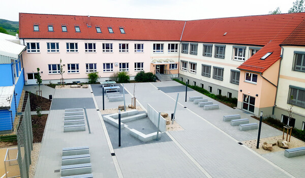 Schulhof Gemeinschaftsschule Olbisleben