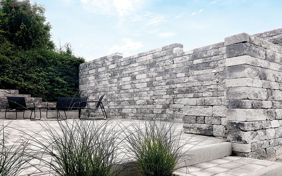 BossAntik-Schichtmauer
