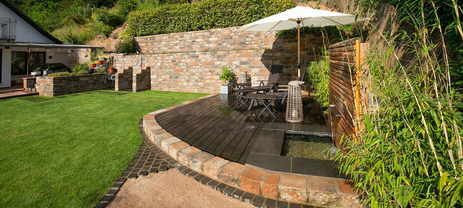 Terrasse im neuen Garten