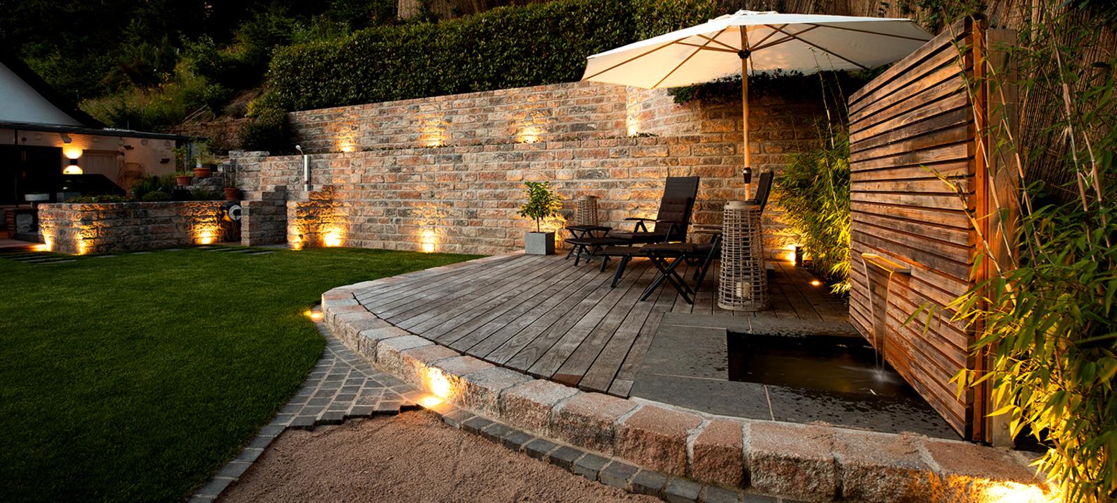 Gartenmauer Gewinner EHL Garten-Genie beleuchtet