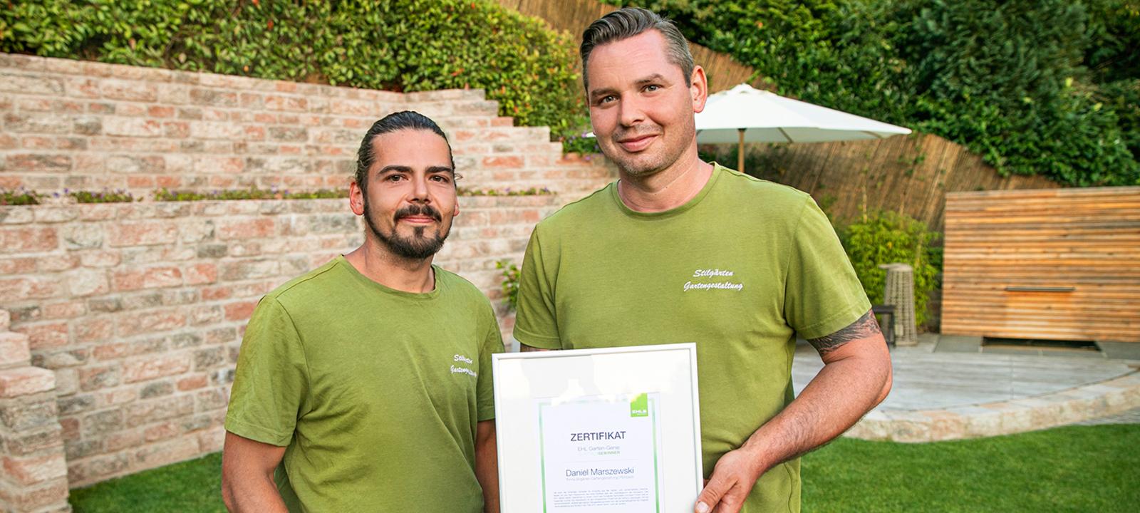 Daniel Marszewski und sein Mitarbeiter von Stilgärten Gartengestaltung